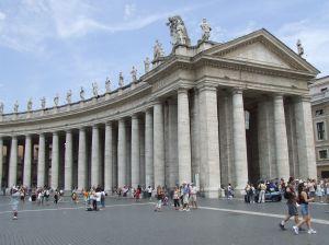 Vatican-Columns